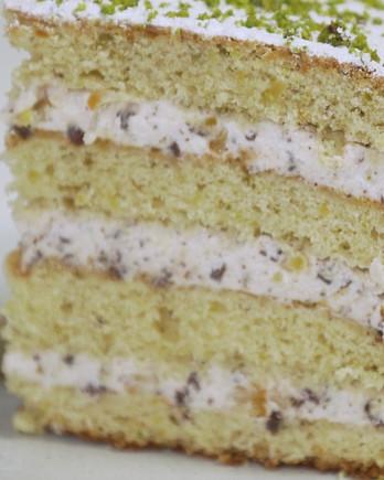 pistachio-cannoli-cake-0520