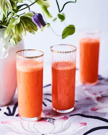 carrot juice mimosas