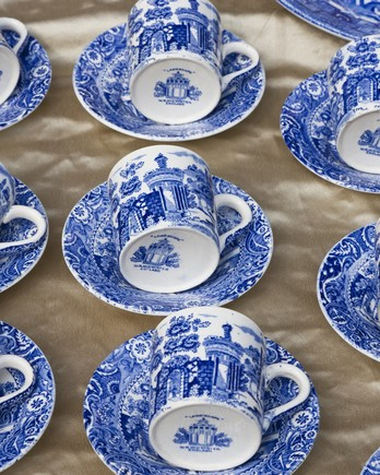 porcelain tea cups and saucers