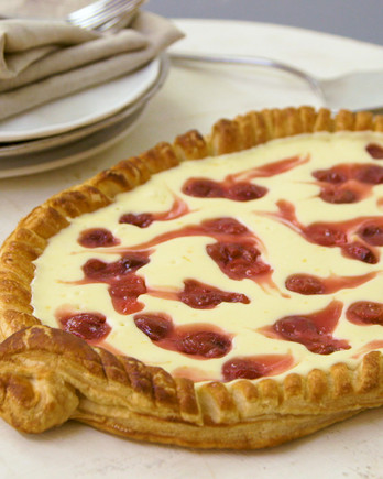 Watch: Cherry-Cheese Strudel Pie with Phyllo Crust IMAGE