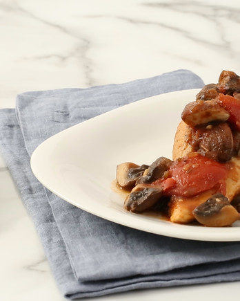Chicken with Tomatoes and Mushrooms Video EH
