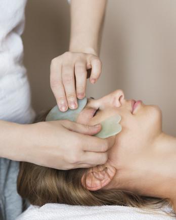 facial gua sha massage