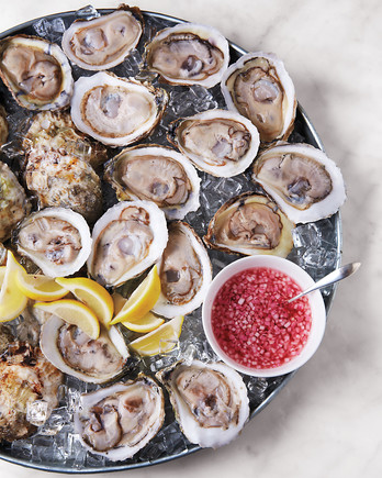 oysters-a130522-01-8429-md110267.jpg
