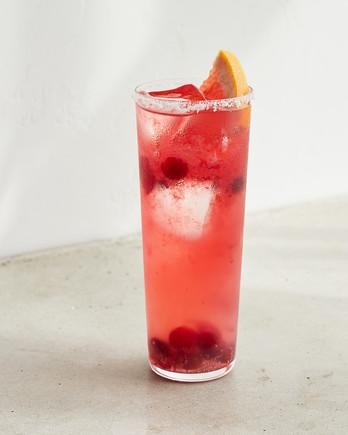 蔓越莓喷鸡尾酒