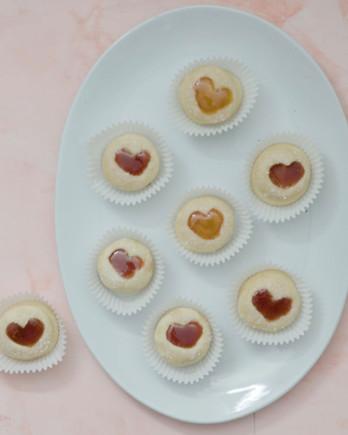 Watch: Sweetheart Thumbprint Cookies