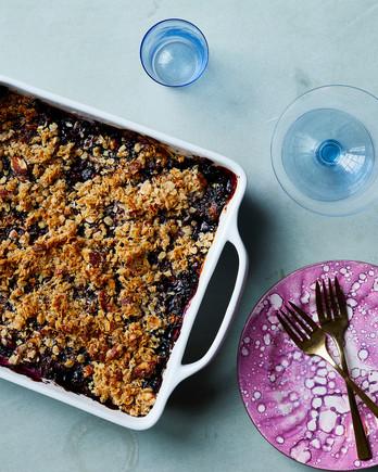 vegan blueberry crisp