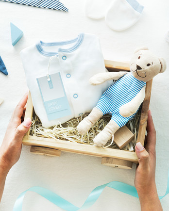 baby shower gift box blue theme