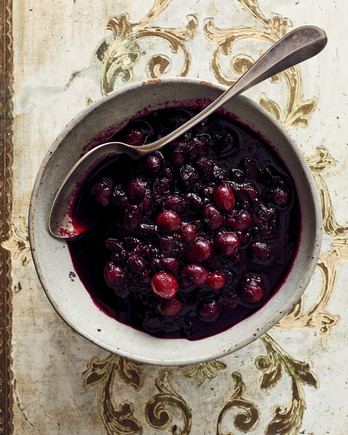 maine thanksgiving wild blueberry and cranberry chutney