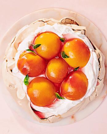 brown-sugar peach pavlova recipe