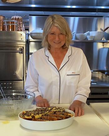 martha stewart making bread pudding