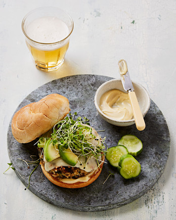 california style veggie burger