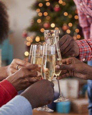 new-year-toast-getty-1065439378-1219-2000.jpg