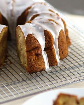 Apple-Cinnamon Bundt Cake Video