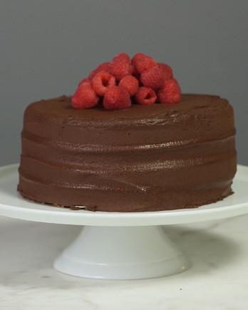 dairy-free-chocolate-raspberry-cake-427