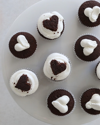 Chocolate Cupcakes with Milk Frosting Video ST