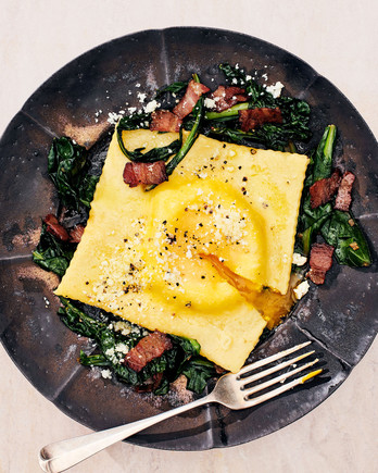 ricotta raviolo with garlicky greens