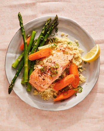 Miso Salmon with Asparagus and Carrots recipe
