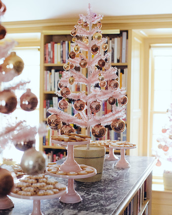 trees party cookies counter