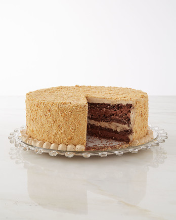 chocolate-dacquoise-with-coffee-buttercream-069-d112925.jpg