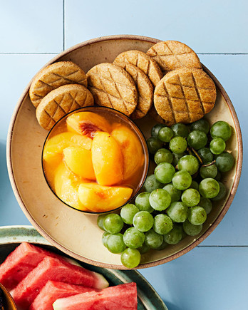 whole wheat biscuits with poached peaches