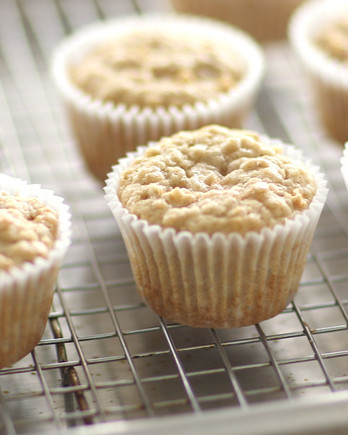 Apple-Oatmeal Muffins Video ST