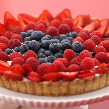 Red White and Blue Star Tart