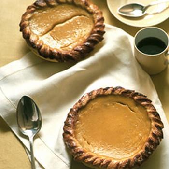 Acorn Squash and Honey Pie with Cornmeal Crust