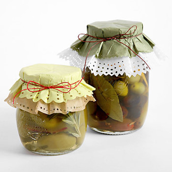Olives with Fennel Seeds and Orange
