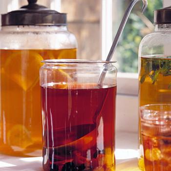 Refrigerator-Brewed Tea