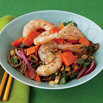 Papaya, Shrimp, and Soba Salad