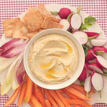 Tahini-less Hummus