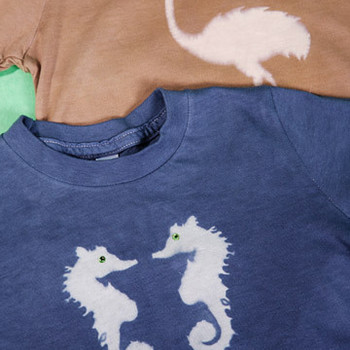 Resist-Dyeing T-shirts