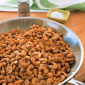 Salt and Pepper Cashews