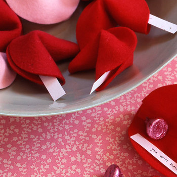 Martha Stewart Good Things: Felt Fortune Cookie