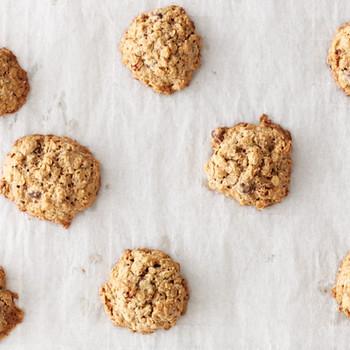 Gluten-Free Oatmeal-Raisin-Chocolate Chip Cookies