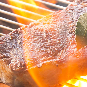 Get a Perfect Crust on Grilled Steak, Fish, or Kebabs