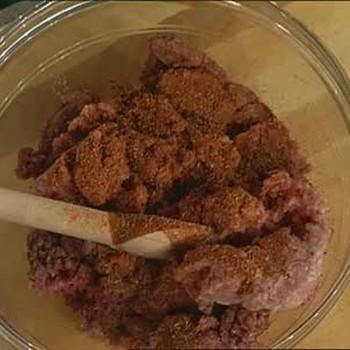 Emeril Live: Beef, Pork, and Veal Lasagna, Part 1