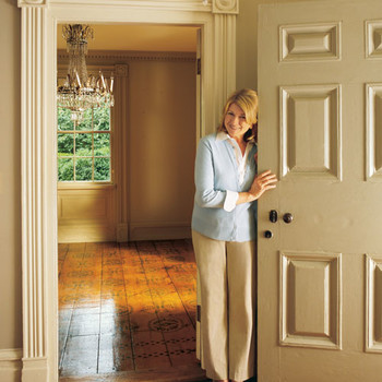 Welcome to Turkey Hill: See Inside Martha's First House
