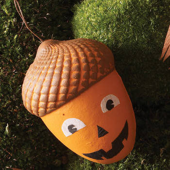 Hanging Acorn Treat Boxes