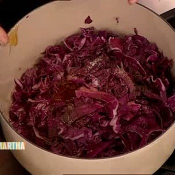 How to Braise Cabbage