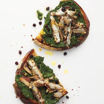 Spinach Pesto on Sardine Crostini