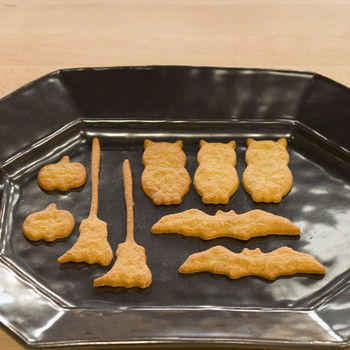 Halloween Blue Cheese Crackers
