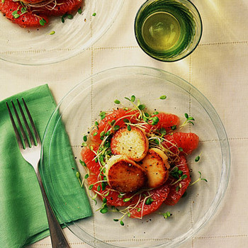 Scallops With Red Grapefruit