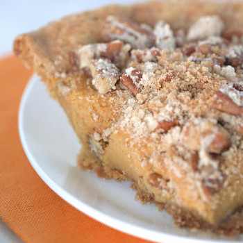 Must-Try Pumpkin Crunch Pie