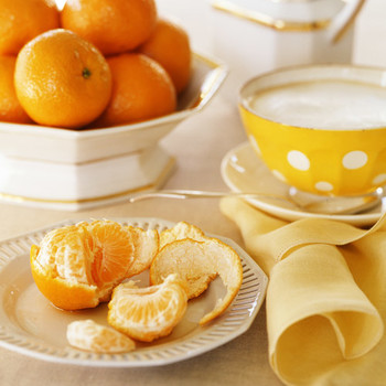 Clementines with Cracked Black Pepper