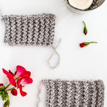 2 Ways to Knit Rickrack Ribbing