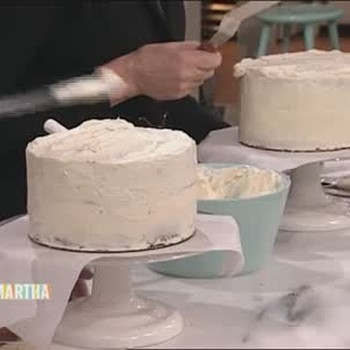 Frosting a Layer Cake with Larry King
