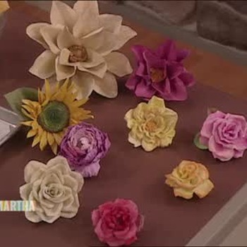 Decorative Paper Easter Flowers with Lucy Liu