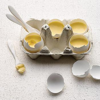 Vanilla Custard Served in Eggshells