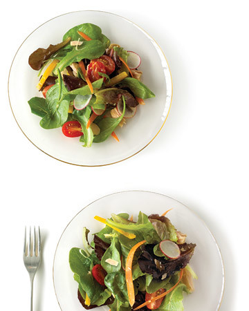 Baby Greens with Tuna and Mixed Vegetables